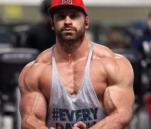 Bradley Martyn is on Steroids or is he Natural? [TRUTH EXPOSED]